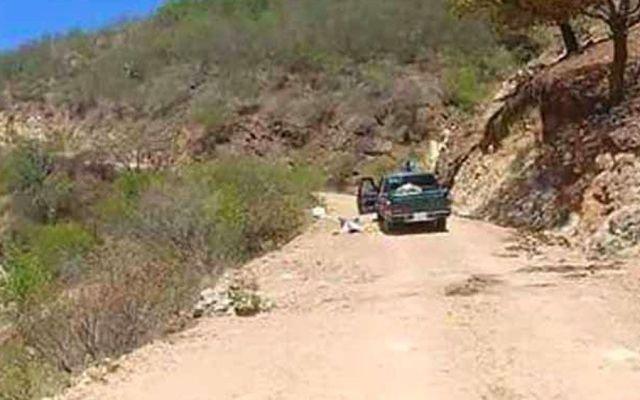 Localizan dos cadáveres y un menor herido en Oaxaca - Foto de Quadratín