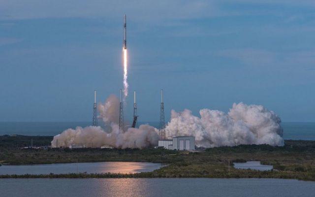 SpaceX analiza amerizar sus cohetes en el Golfo de México - Foto de SpaceX