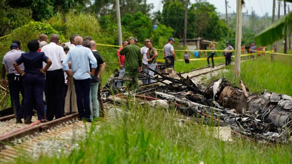 Identificados los siete mexicanos que murieron en accidente aéreo de Cuba - Foto de AP