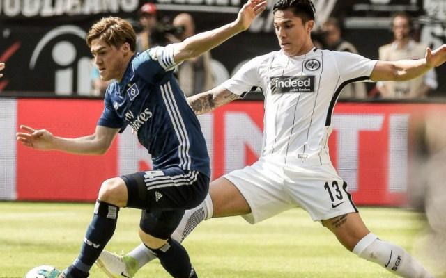 Salcedo regresa y el Eintracht Frankfurt se pone a un punto de puestos europeos - Foto de Club Eintracht Frankfurt