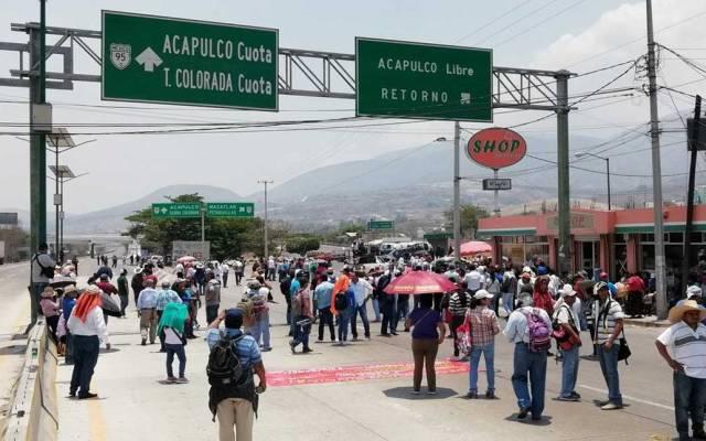 Crimen organizado paga por movilizaciones contra fuerzas federales - Foto de @ReporTorres