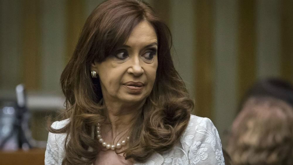 Procesan a Cristina Fernández y a dos de sus hijos por lavado de dinero - Foto de Reuters