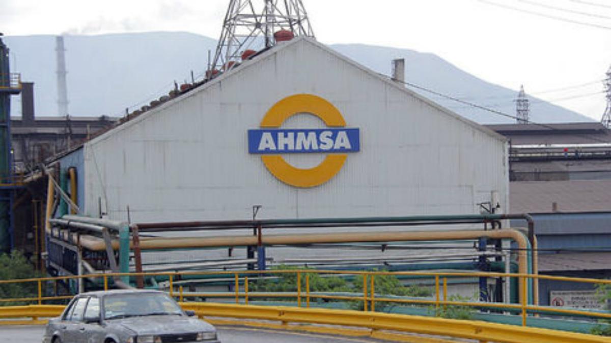 Explosión en AHMSA deja 2 heridos de gravedad