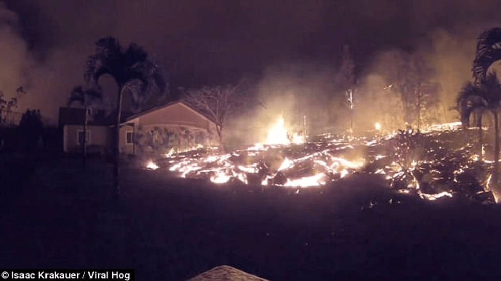 #Video Lava consume patio trasero y casa en Hawaii