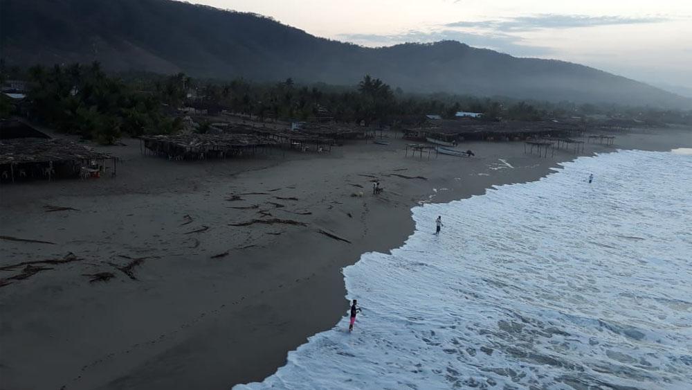 Semar alerta por mar de fondo en Oaxaca - Foto de @CEPCO_GobOax