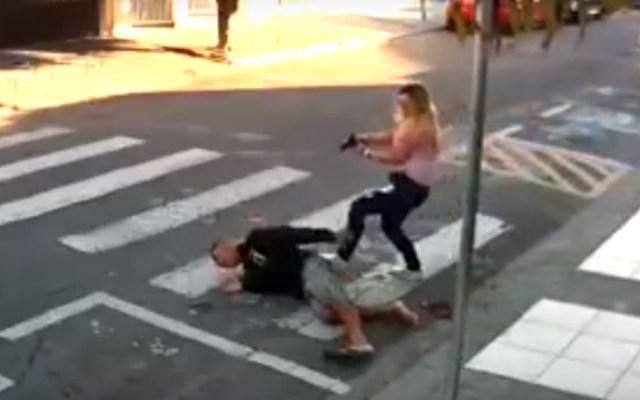 #Video Mujer policía mata a asaltante durante festejo por Día de las Madres en Brasil - Foto de Youtube