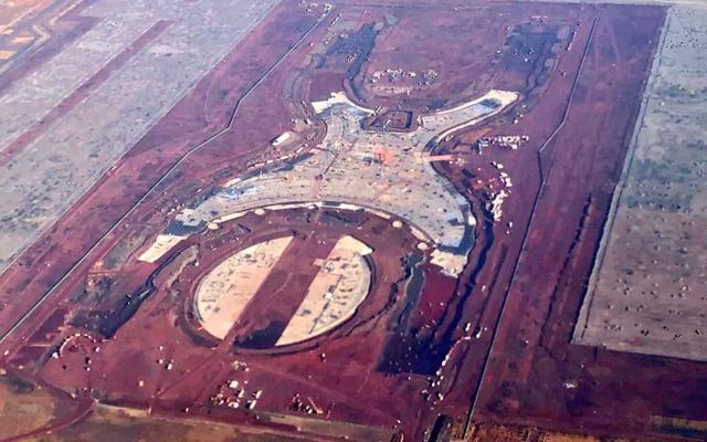 SCT y equipo de AMLO abordan tema del nuevo aeropuerto - Foto de Internet