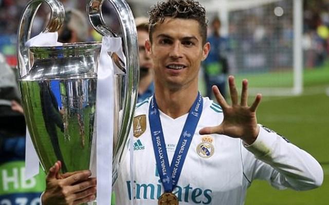 Cristiano Ronaldo no posó con la nueva camiseta del Real Madrid - Foto de Reuters