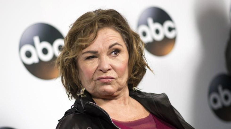 Cancelan programa 'Roseanne' tras tuit racista de protagonista - Foto de AFP