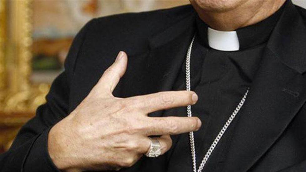 Denuncian presencia de sacerdote falso en Puebla