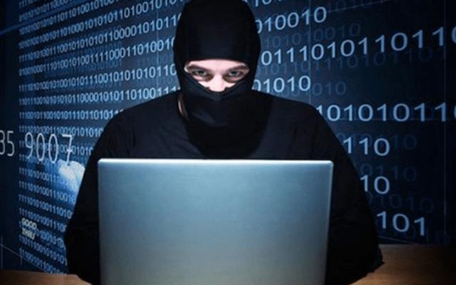 Hackers recurren al phishing para atacar a políticos en EE.UU. - Imagen ilustrativa de un hacker