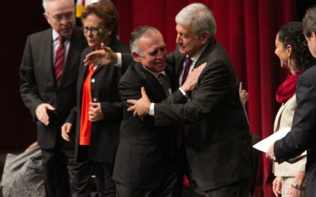 Revela AMLO que Alfonso Romo será jefe de la Oficina de Presidencia - Foto de Cuartoscuro