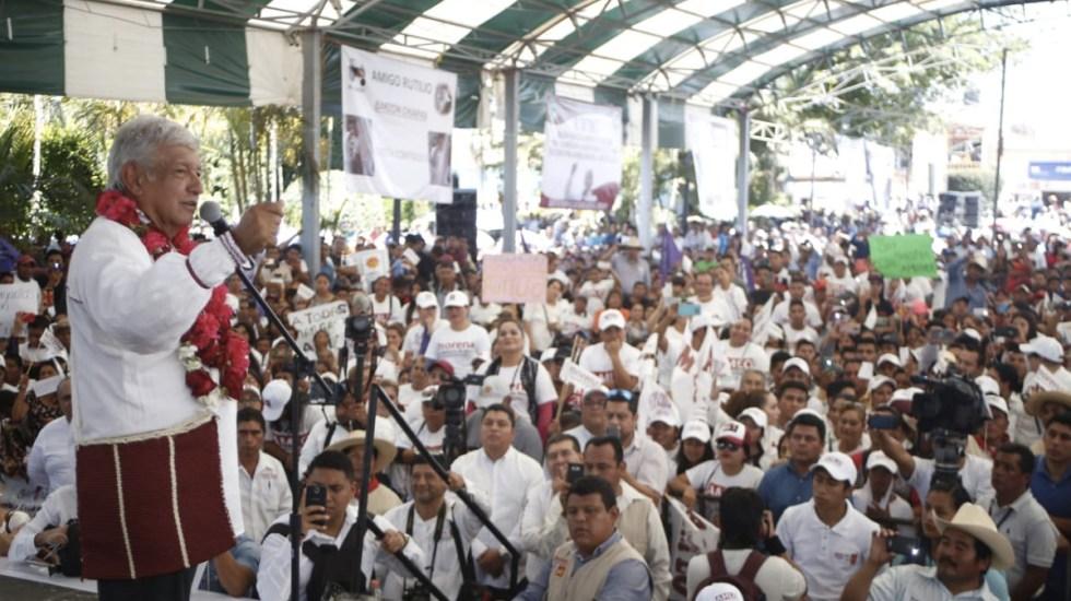 Que se tranquilicen: López Obrador a Meade y Anaya - Foto de Milenio