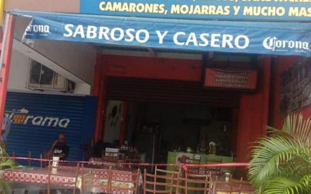 Asesinan a hombre en restaurante de la Costera de Acapulco - Foto de @l4nd3t4