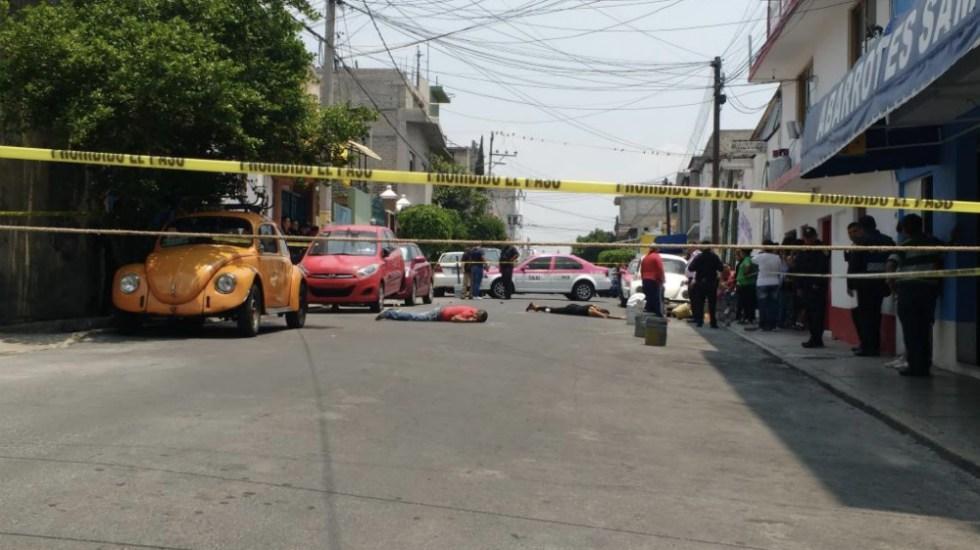Matan a balazos a hombre y mujer en Iztapalapa - Foto de @UrielMS11