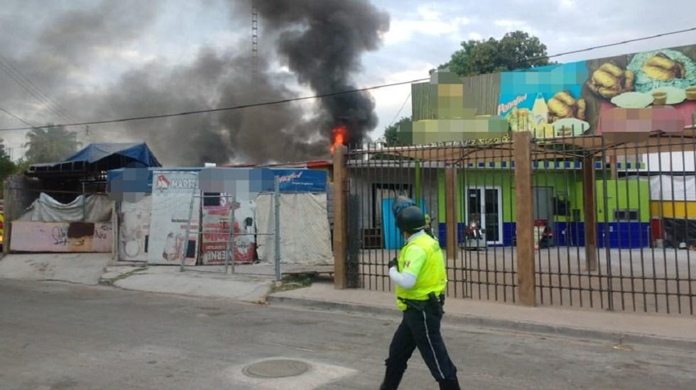 Incendio en rosticería deja pérdidas por 80 mil pesos - Foto de @transitotorreon