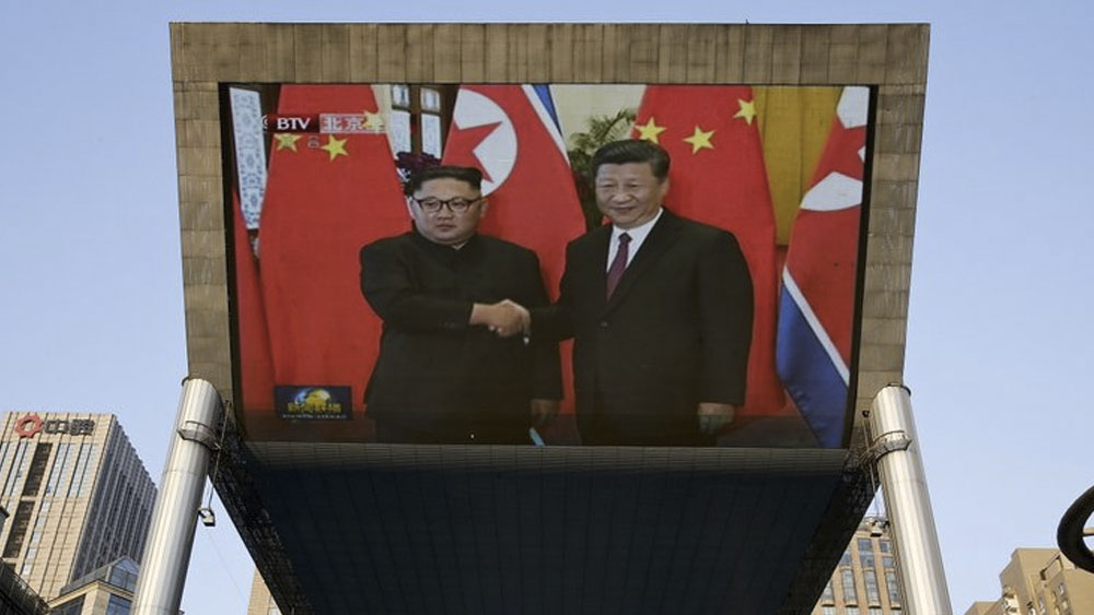Kim Jong-un se reúne con Xi Jinping en Beijing - Foto de AP