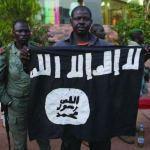 Comando armado asesina a 50 personas en Mali