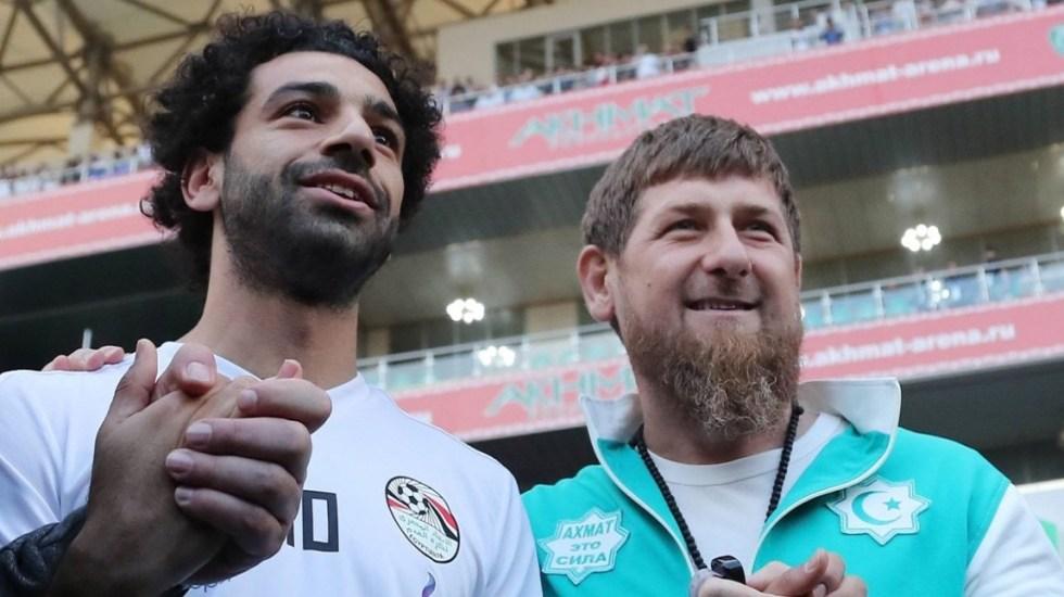 Mohamed Salah causa revuelo por reunión con líder checheno - Foto de Twitter
