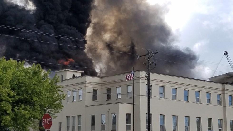 #Video Incendio destruye museo de Kurt Cobain - Foto de @Zlofengir
