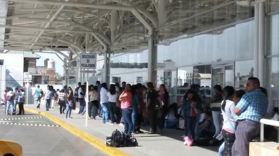 Profesores afectan vialidades en Oaxaca - Foto de Quadratín