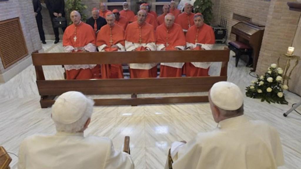 El papa Francisco y nuevos cardenales visitan a Benedicto XVI - Foto de Internet
