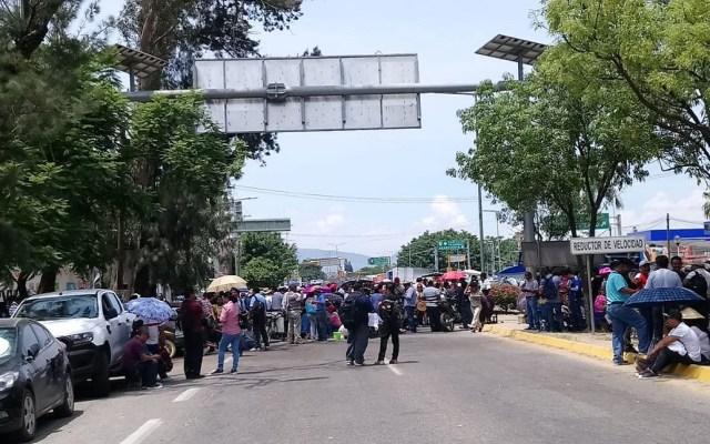 Caen hasta 35 por ciento ventas en Oaxaca por paro de maestros - Foto de @nssoaxaca
