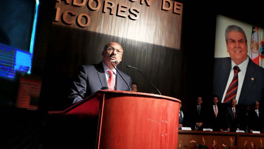 El voto es para alguien útil no para un inútil: René Juárez - Foto de Twitter