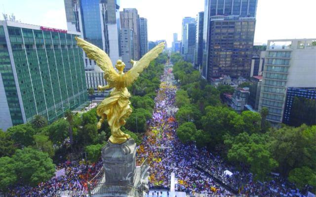 Anaya y Barrales cierran campaña en el Ángel de la Independencia