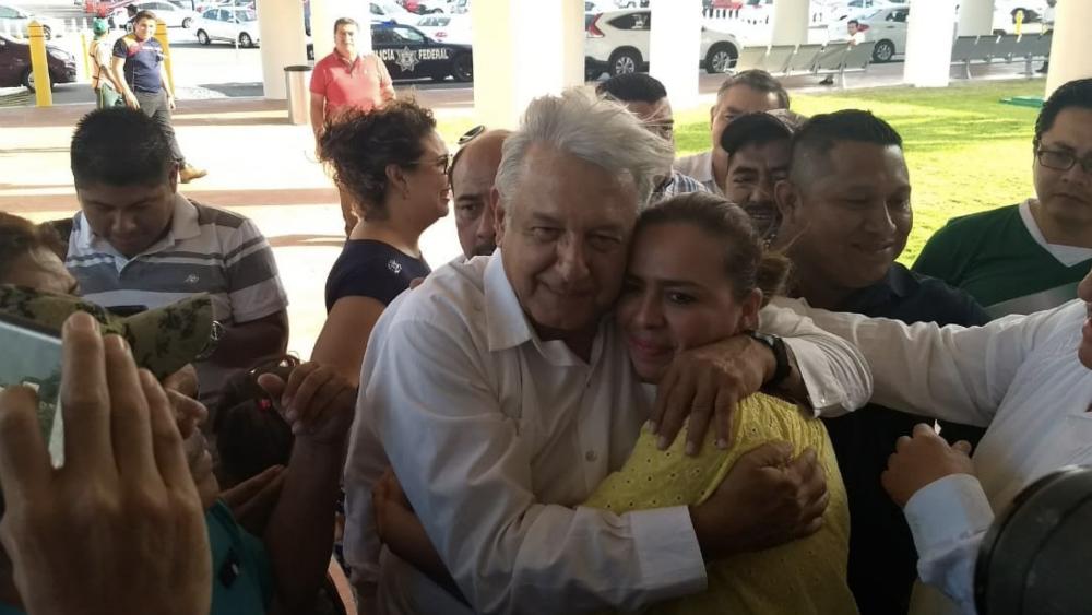 Doné 500 mil pesos a fideicomiso para damnificados: AMLO - Foto de Tabasco Hoy