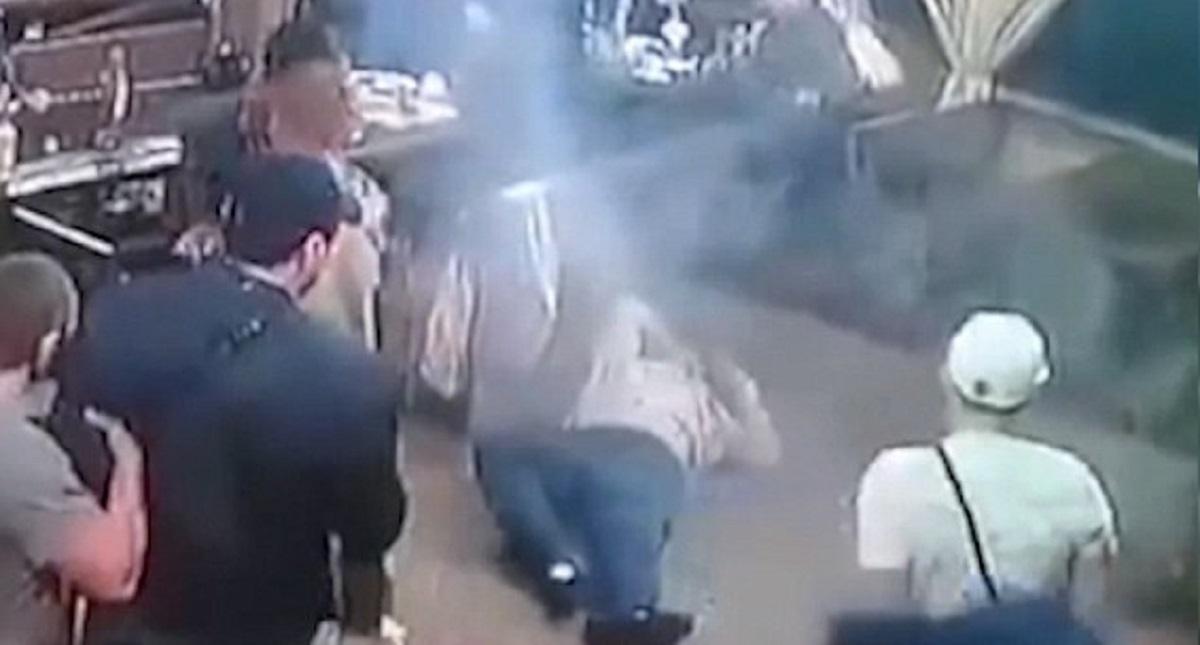 Asesinan a narco en bar; celebraba su salida de prisión
