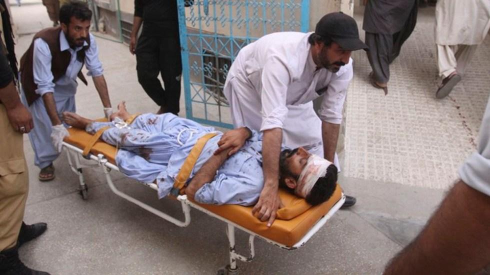 Atentado suicida deja 70 muertos en Pakistán - Foto de AP