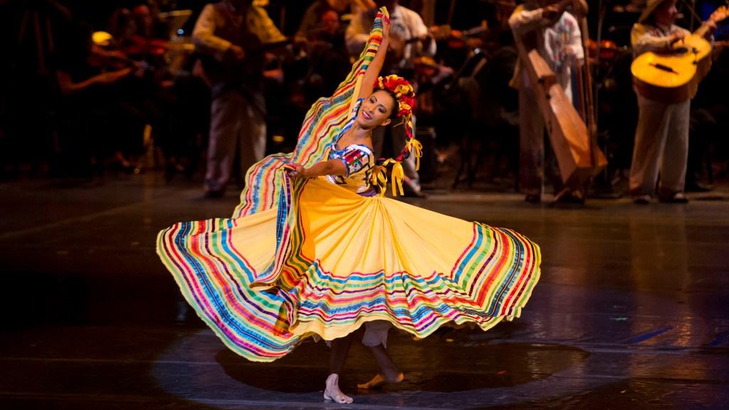 Inicia Ballet Folklórico de México su temporada de verano para toda la familia