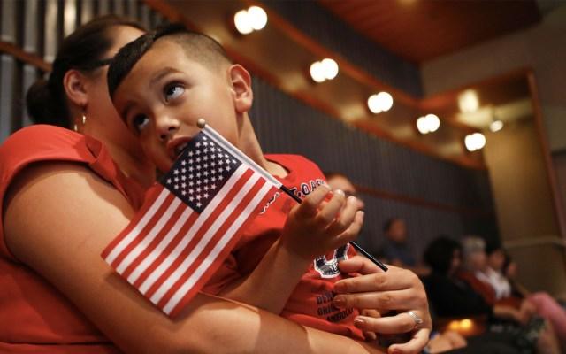"""Gobierno de Trump buscará """"desnaturalizar"""" a sospechosos de mentir en solicitud - Foto de AFP/Mario Tama/Getty Images"""