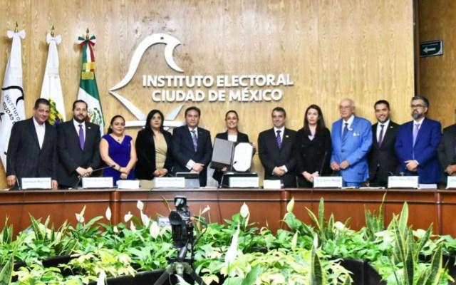 Instituto Electoral capitalino entrega constancia de mayoría a Sheinbaum - Foto de Claudia Sheinbaum