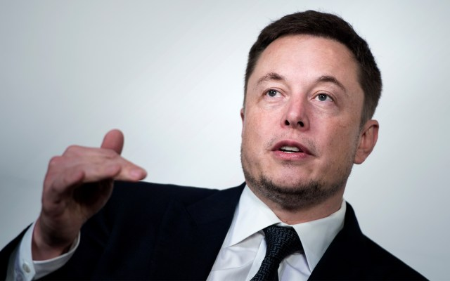 Elon Musk se disculpa por llamar pedófilo a rescatista tailandés - Foto de AFP