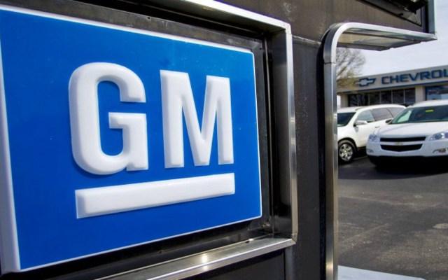 Sindicato canadiense pide boicotear autos de General Motors hechos en México - Foto de AP