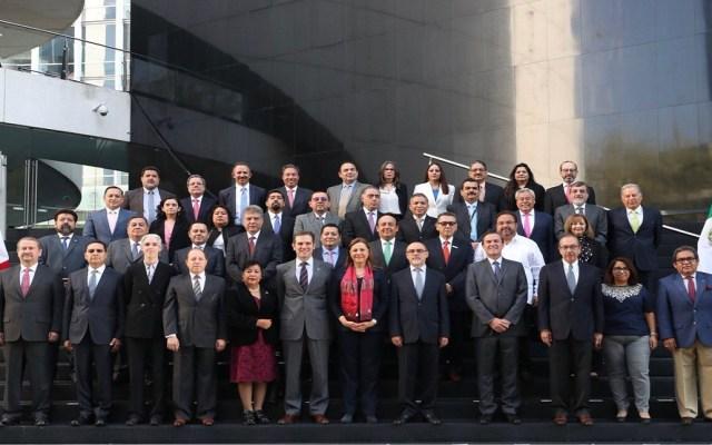 INE da constancia de mayoría a senadores electos - Foto de @senadomexicano