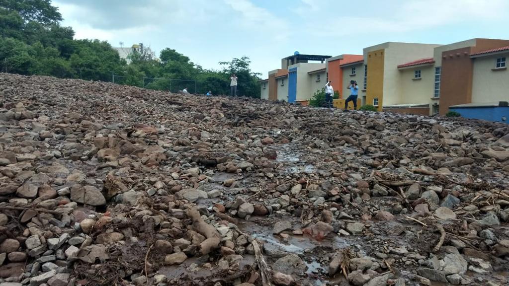 Deslave afecta 25 viviendas en Jocotepec, Jalisco - Foto de Protección Civil Jalisco
