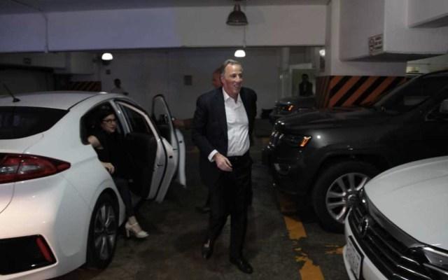 Meade se instala en su búnker para seguir la votación - Foto de Milenio
