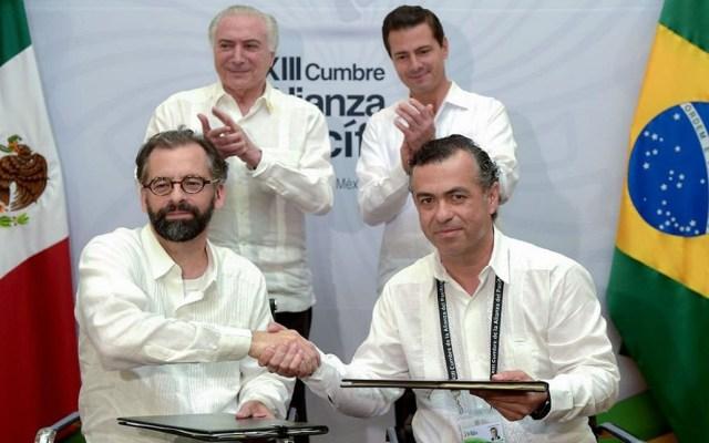 México y Brasil firman acuerdo de colaboración aduanera - Foto de Twitter