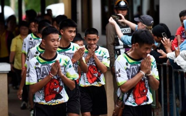 Niños atrapados en cueva de Tailandia salen del hospital - Foto de Lillian SUWANRUMPHA / AFP