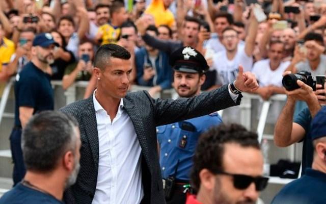 Fracasa huelga en Fiat por traspaso de Cristiano Ronaldo a la Juventus - Foto de Miguel MEDINA / AFP