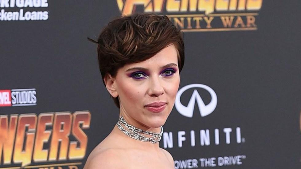 Scarlett Johansson abandona proyecto donde personificaría a transgénero - Foto de AP