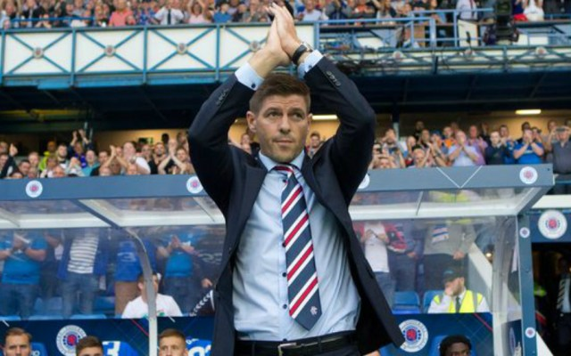Steven Gerrard debuta con victoria con el Rangers - Foto de Rangers FC