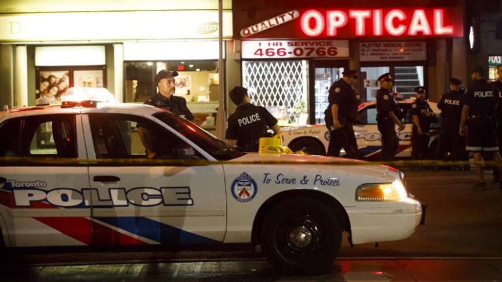 #Video Tiroteo deja tres muertos y 12 heridos en Toronto - Foto de COLE BURSTON / AFP