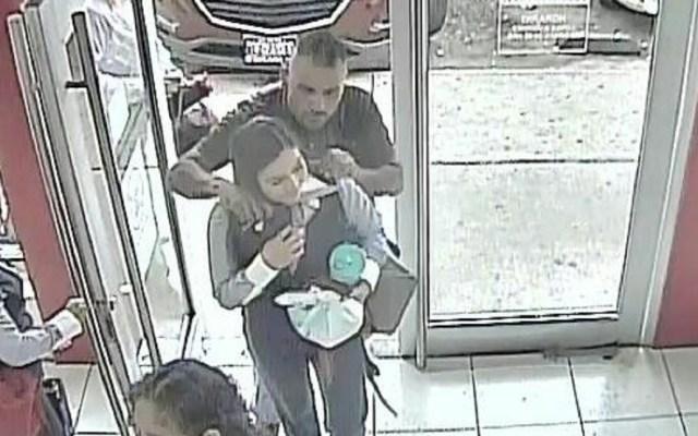Muere asaltante de banco que tomó rehenes en Sonora - Foto de Twitter