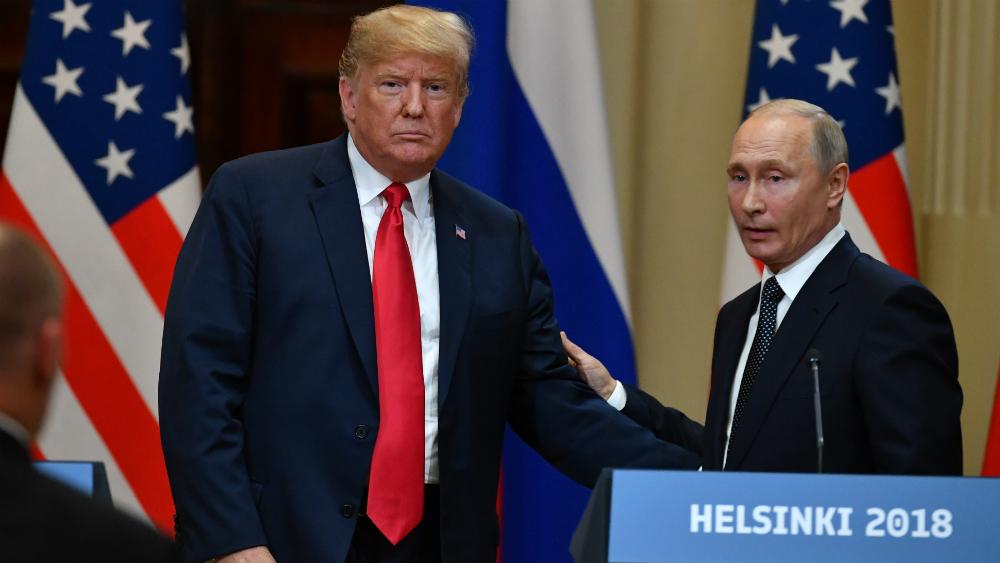 Trump ocasiona tormenta en EE.UU. por defender a Rusia - Cumbre entre Putin y Trump en Helsinki. Foto de AFP