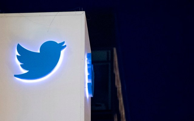 Caen acciones de Twitter por temores sobre base de usuarios - Foto de AFP/JOSH EDELSON
