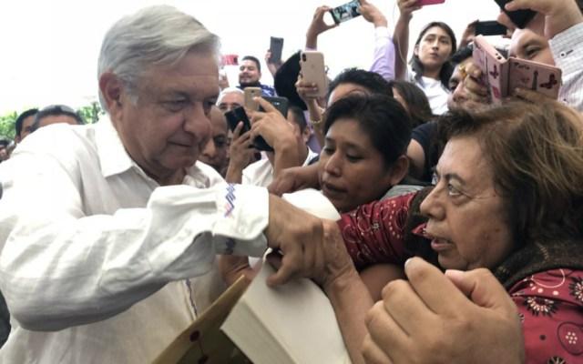 AMLO pide a maestros compromiso, diálogo y cero ausentismo - Foto de LopezObrador.org.mx